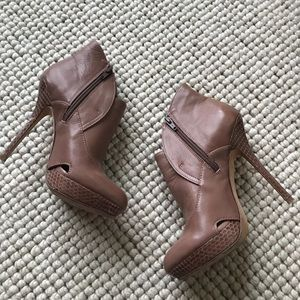 Charles David Mauve High Heeled Booties